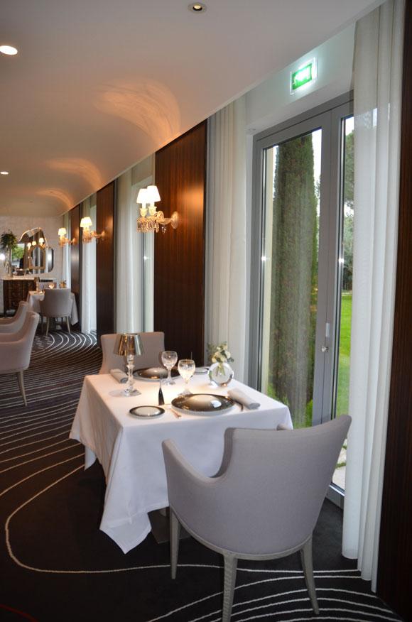 Agencement restaurant luminaire restaurant vaisselle for Fournisseur vaisselle restaurant