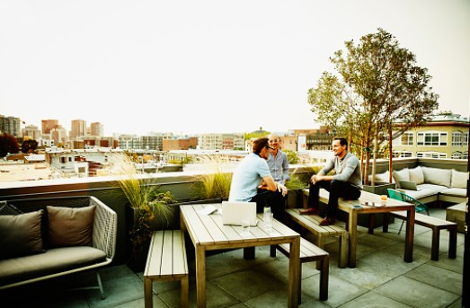 terrasse-entreprise-mobilier